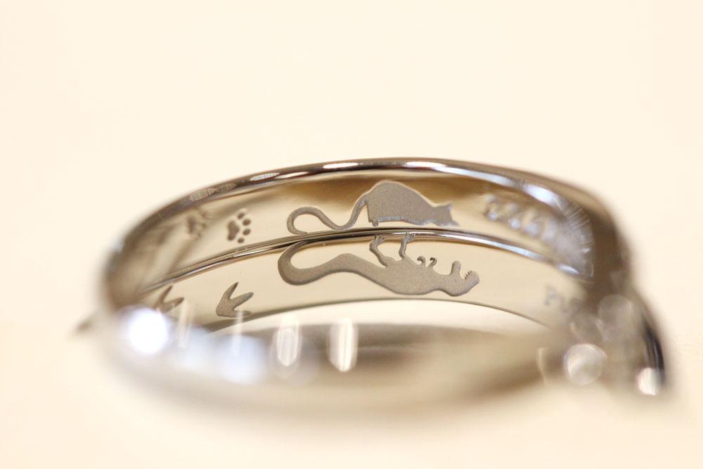 猫と恐竜の結婚指輪(お客様オーダーメイド)
